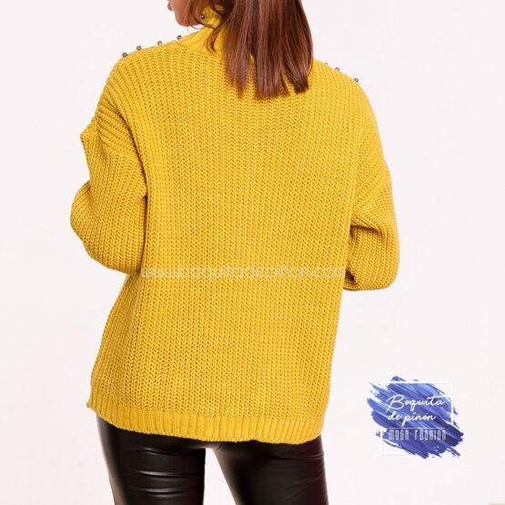 jersey de cuello alto mostaza