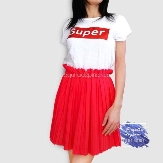 falda corta plisada roja