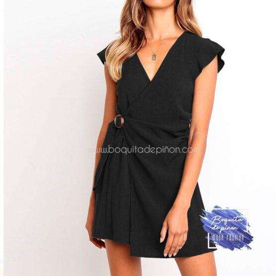 vestido corto cruzado con hebilla negro