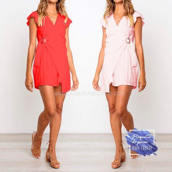 vestido corto cruzado con hebilla rosa rojo