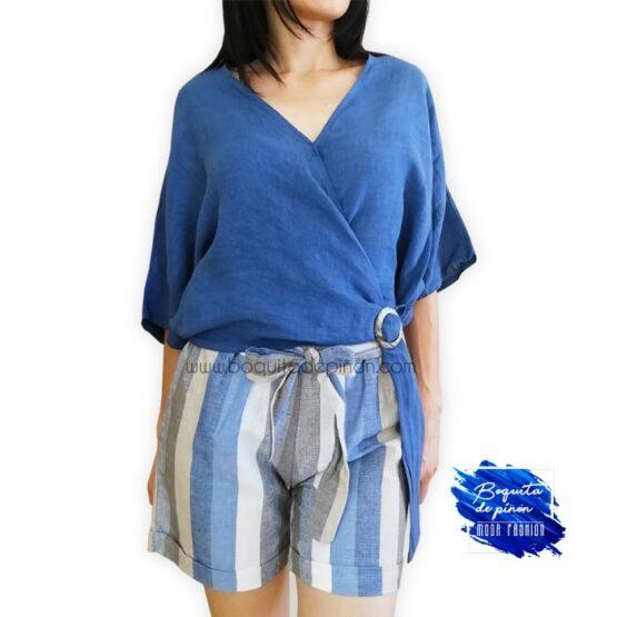 blusa cruzada con hebilla