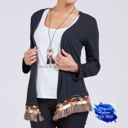 Cardigan bordado con top interior negro