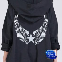 Parka alas con capucha negra