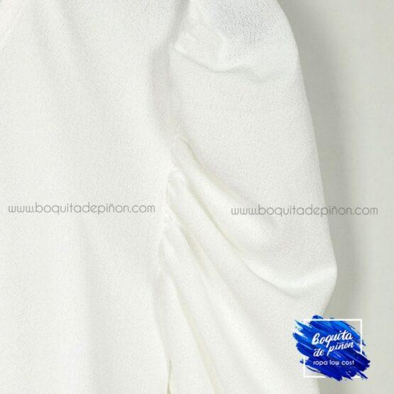 camiseta manga abullonada blanca