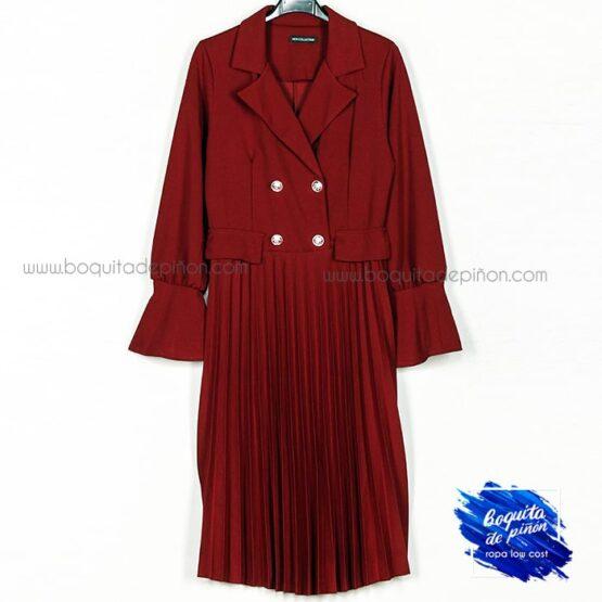 vestido plisado con botones granate